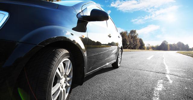 Eco-friendly Car Care: Waterless Washing